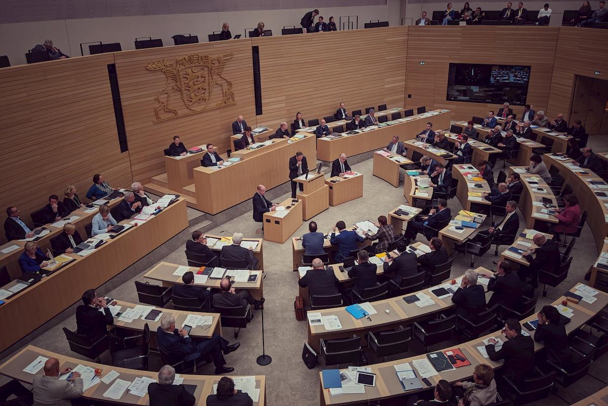 Baden Württemberg Schließt Schulen